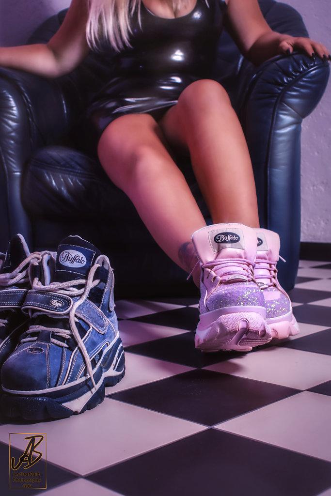 Pink-Buff-DSC06440.jpg